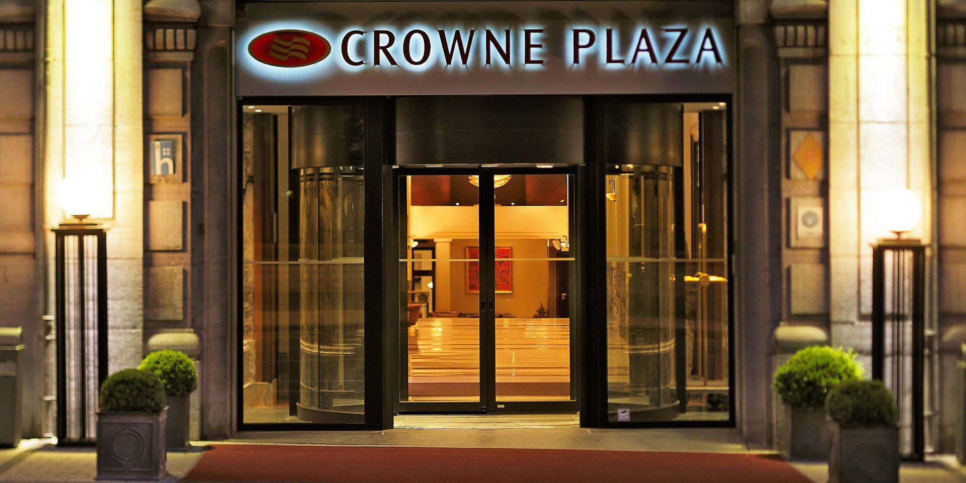 Entrance of the hotel Crowne Plaza Le Palace in Brussels